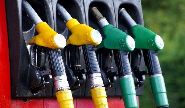 auto, benzín, cestování, pohonné hmoty, finance