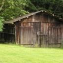 Chaty a zahradní domky - konstrukce, střecha a pravidelná údržba