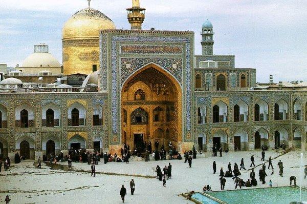 Stíhání světla a stínu v Iránu