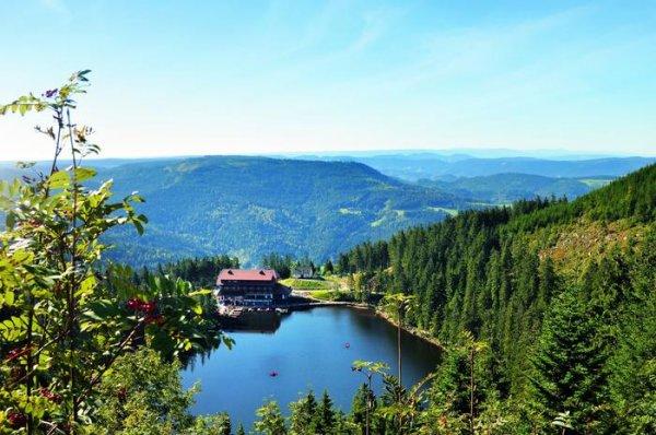 Prohlídka hradů v Černém lese