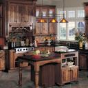 Jak si doma vytvořit venkovskou (rustikální) kuchyni?