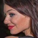 Depilace chloupků v obličeji pomáhá i proti vráskám