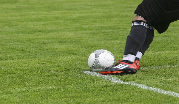 fotbal, deformované nohy