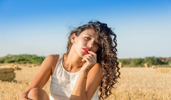 péče o vlasy, kudrnaté vlasy, šampon na kudrnaté vlasy, suché a lámavé vlasy