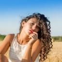 Jak pečovat o kudrnaté vlasy?