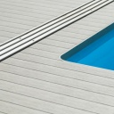 Kam se hodí terasová prkna WPC a jaké nabízí výhody?
