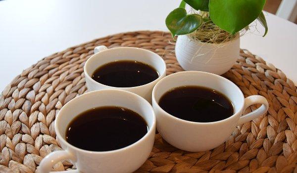 káva, zdraví, deprese, kofein, ženy, muži, dobrá nálada