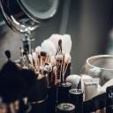 Kosmetický koutek v bytě - přání každé ženy