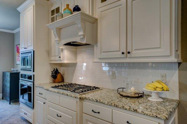 kuchyně, kuchyňská linka, nábytek, osvětlení, LED pásky