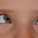 Má vaše dítě v pořádku oči? A kolik hodin stráví u tabletu?