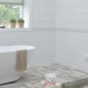 Malá koupelna může být nafukovací a velká zase nemusí být vždy jen výhodou