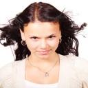 Mastné vlasy myjte podle potřeby a speciálními šampóny