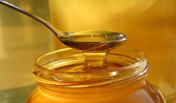 med, přírodní produkty, včely, přírodní medicína, výživa, detoxikace