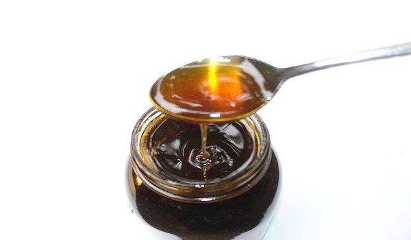 med, medová maska, péče o vlasy, nehty