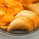 Nebezpečné uzobávání mezi jídly s sebou přináší nechtěné kilogramy