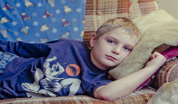 péče o dítě, zdraví dětí, děti zaměstnaných matek, nemocné dítě