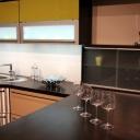 Nerezové police pozvednou vzhled každé kuchyně