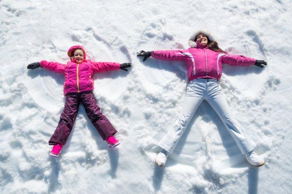 sport, zimní sporty, zdraví, otužování, snowboard, lyže, sněžnice