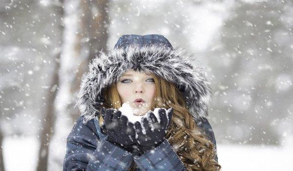 ženy, kosmetika, péče o pleť, zima, chlad, omrzliny