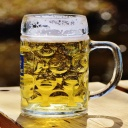 Pivo ženám nejen chutná, ale také pomáhá s otěhotněním, osteoporózou a péčí o pleť