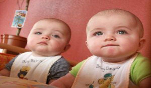 těhotenství, vícečerné těhotenství, dvojčata, porod
