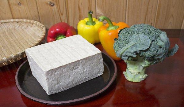 sója, tofu, zdraví, ženy, vitaminy, bílkoviny, vápník, osteoporóza, cholesterol