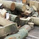 Topíte dřevem? Kromě kamen potřebujete i úložný prostor na dřevo!