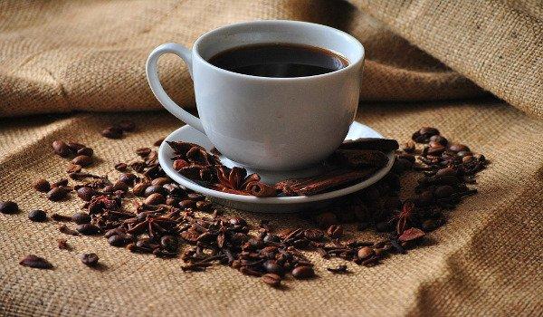 káva, rakovina, pitný režim, hubnutí, ženy, prsa