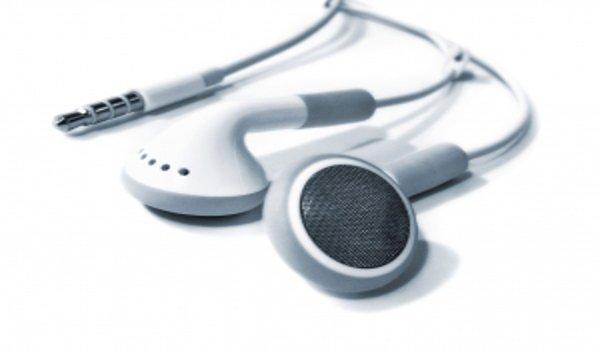 děti, vrozené vady sluchu, poškození sluchu