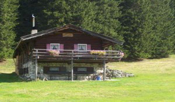 chaty a chalupy, stavba chaty, materiál na stavbu chaty