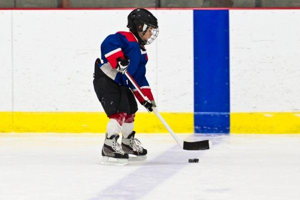 hokej, brusle na hokej, hokejisté, zimní sporty, bezpečnost dětí při sportu