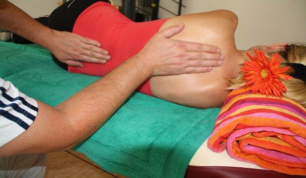 zánět, sedací nerv, ischias, léčba, rehabilitace, masáž