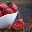 Zuby bělí nejen zubní pasta, ale i jahody